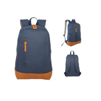 mochila con logo